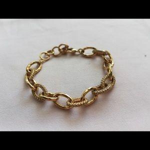 Stella and dot gold link bracelet